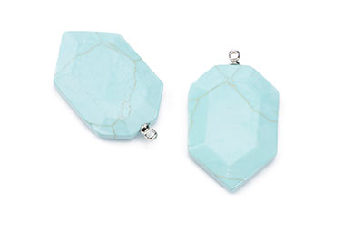 synthetic turquoise pendant faceted shield 19X29mm x4pcs